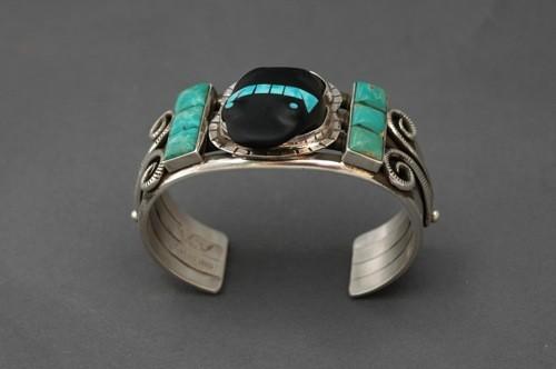 Mike Bird-Romero Pueblo Bracelet With Acoma Jet Frog