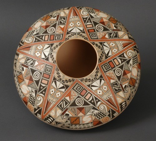 Rainy Naha Sherd Jar with Star