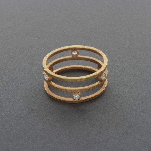 Maria Samora 18kt Gold and Diamond Ring