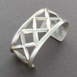 Navajo Silver Sandcast Bracelet with Lattice Design