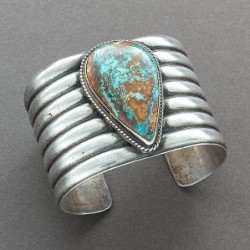 Wide Silver Cuff Set With Single Teardrop Turquoise