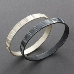 Maria Samora Bangle Bracelet of Silver.